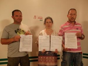 FOTO PSOE Diezma Moises Sanchez, Emilia Troncoso y Juan Carlos Jimenez